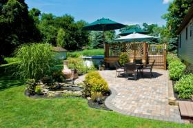 Travaux d 39 am nagement de terrasse et jardin conseils packtravaux - Comment amenager son exterieur maison ...